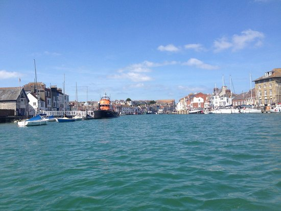 The Sandcombe: harbour view
