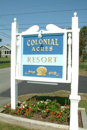 Colonial Acres Resort: Grounds