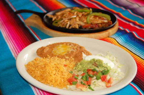 Maya Mexican Grill and Bar: Fajitas