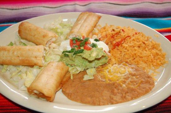 Maya Mexican Grill and Bar : Flautas
