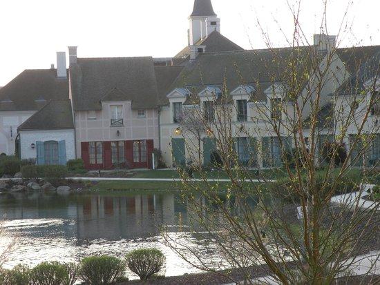 Marriott's Village d'lle-de-France: Main Club House