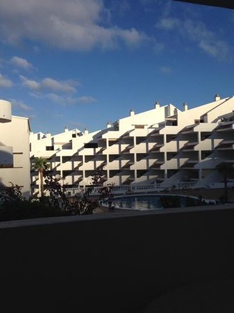 Paloma Beach Apartments: Gorgeous morning view