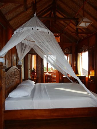 Puri Lumbung Cottages: our room