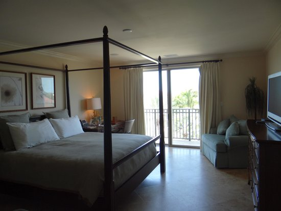 The Somerset on Grace Bay: Master Bedroom