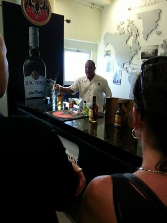 Comfort Inn & Suites Levittown: The Can't miss Bacardi tour, minutes from the Hotel