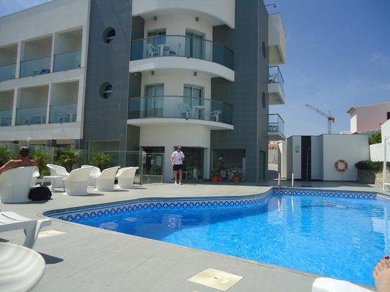 KR Hotels: pool