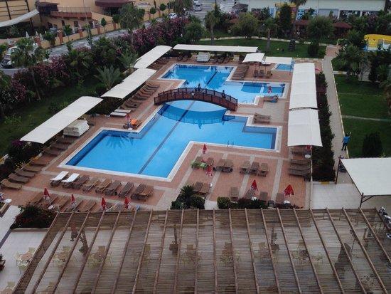 Hotel SideKum: Zwembad