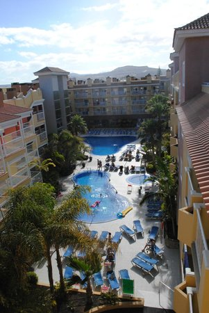 Hotel Costa Caleta: pool/hotel view from the roof