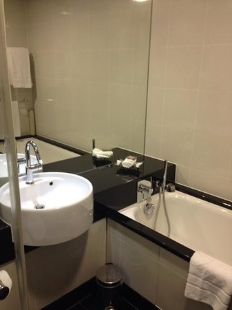 Grange Tower Bridge Hotel : Bathroom