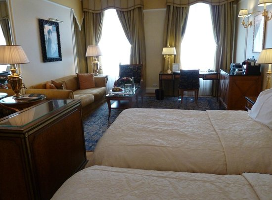 Belmond Grand Hotel Europe: the room