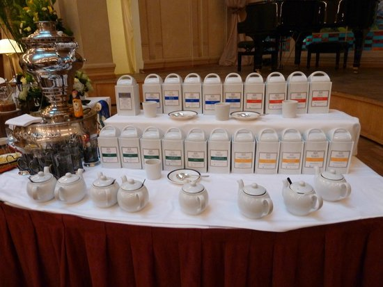 Belmond Grand Hotel Europe: choose your breakfast tea