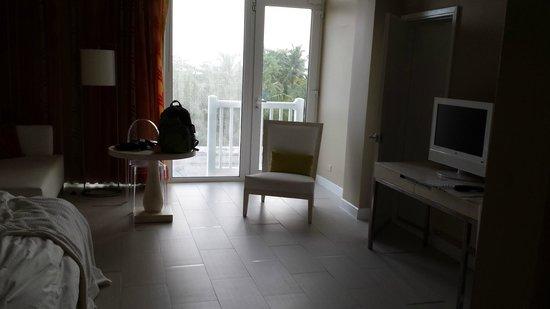 El San Juan Resort & Casino, A Hilton Hotel : Sitting area in the master bedroom