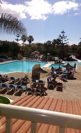 smartline Playa Park: POOL AREA