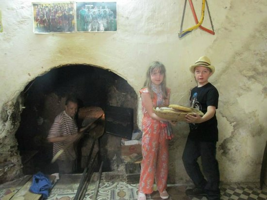 Marrakech Guided Tours: local bakery