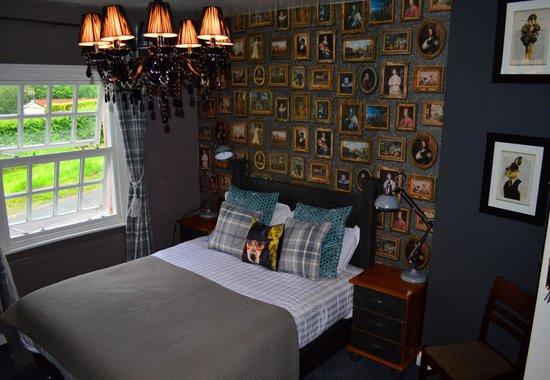 Swan Inn: guest bedroom