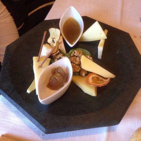 Ristorante Hotel Camino: Mix di formaggi.