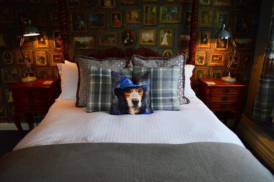 Swan Inn: guest bedrooms