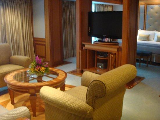 Royal Cliff Beach Hotel: номер повышенной категории