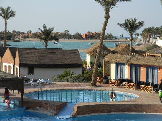 Panorama Bungalows Resort El Gouna: Теплый бассейн для детей.