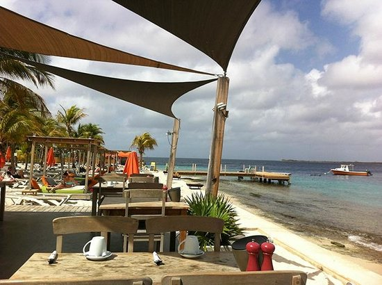 Eden Beach Resort: BREAFAST VIEW