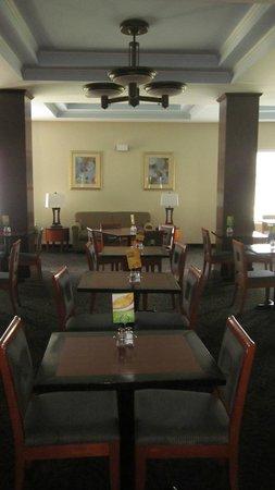 Holiday Inn Express Lake Wales N - Winter Haven: Dining