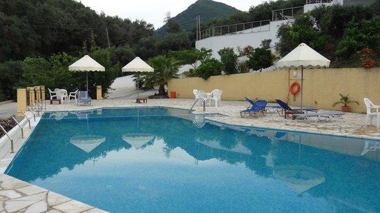 Ionian Eye Studios: pool