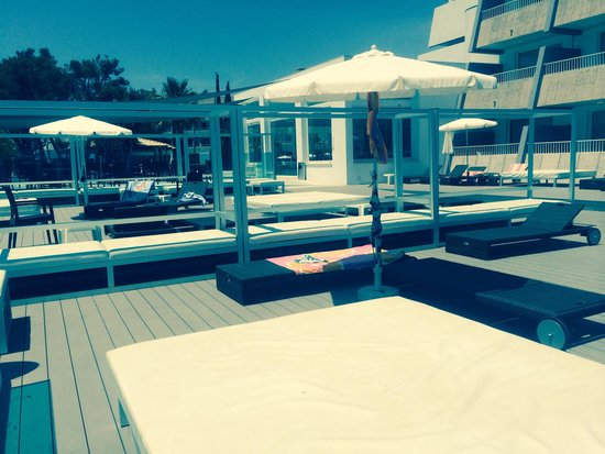 Aparthotel Rosa del Mar: Adult area, nice and peaceful!