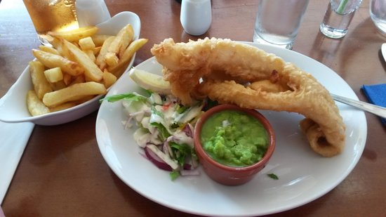 The Gaslight Restaurant and B&B : the freshest tastiest fish about!!!