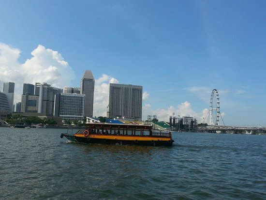 Bumboat River Tour: View from bumboat:another bumboat!