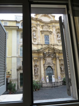 Relais Maddalena: View of Church of St. Mary Magdalene from our Room