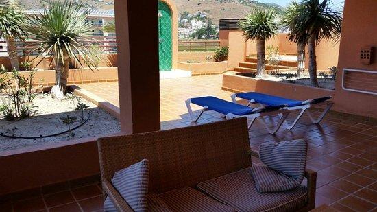 Almunecar Playa Spa Hotel: La estupenda terraza de las suites.
