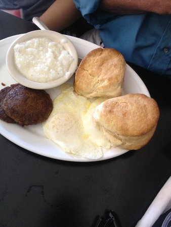 Montgomery Street Cafe: Eggs, Grits, Sausage and Two Biscuits