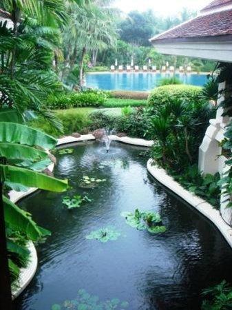 Centara Grand Beach Resort Samui : территория