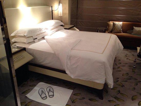 The Westin Bund Center Shanghai : Heavenly bed