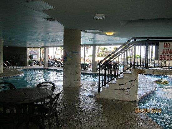 Ocean Reef Resort: pool