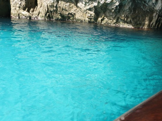 Blaue Grotte (Grotta Azzurra): Green Grotto