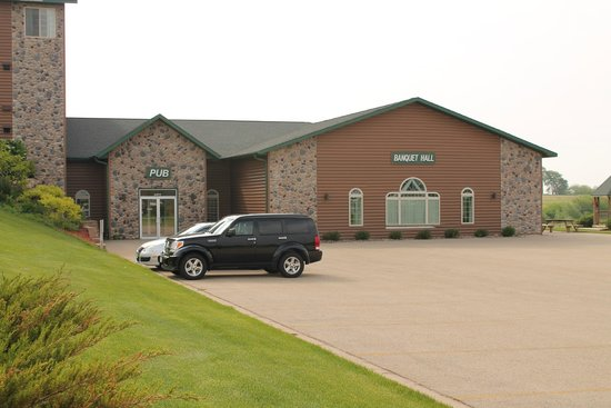 Deer Valley Lodge & Golf: Barneveld, Deer Valley Lodge, Banquet Hall and Pub