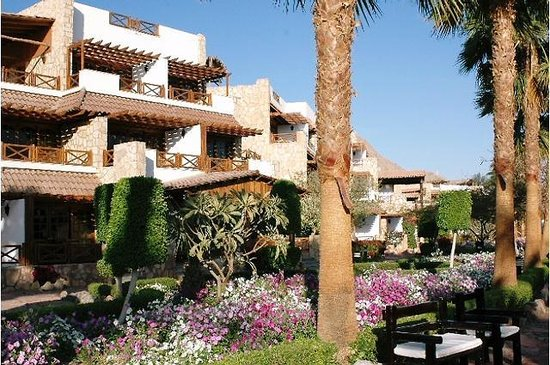 Taba Hotel and Nelson Village : rooms by the sea