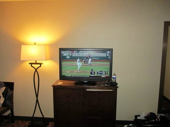Hampton Inn Cleveland Downtown: HD TV