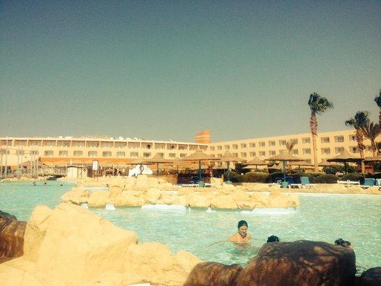 Dessole Titanic Aqua Park Resort: Pool