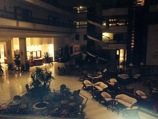 Titanic Resort & Aqua Park: Lobby