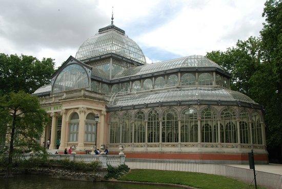 Palacio De Cristal: The glass Palace at Retiro Park