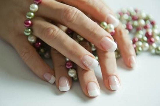 Seeds of Calm Spa offer's Bridal and Au Naturale Manicures
