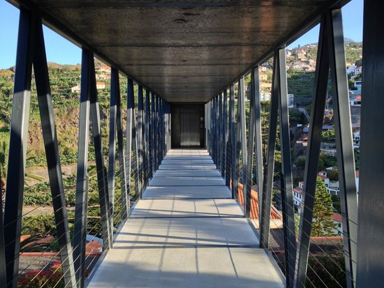 Estalagem Ponta do Sol: Sky bridge