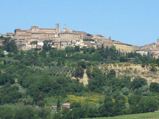 Palazzo Bandino: View of Chianchiamo Terme from PB