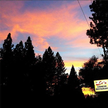 Pioneer, CA: Beautiful mountain sunset at Le's