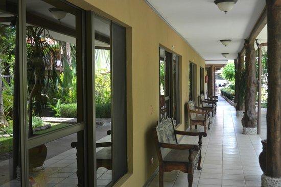 Hotel Diuwak: Habitaciones