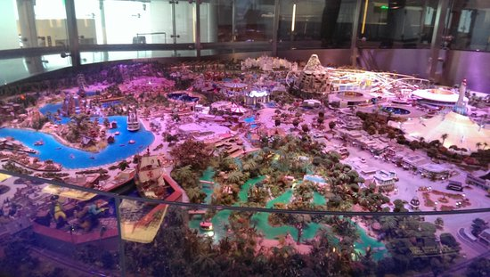 Walt Disney Family Museum : Disneyland model