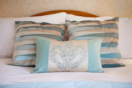 Harwood House: Deluxe double room - Room 8