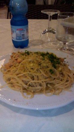 Bue Marino Hotel : Spaghetti con gamberi